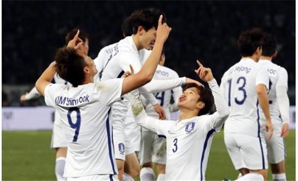 [동아시안컵]한국, 일본 4-1 완파