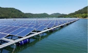 전국 저수지 5000만㎡ 태양광 패널로 덮겠다는 농어촌公
