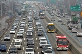 설 연휴 고속도로 가는 길은 '술술' 오르는 길은 '설설'