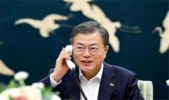 """""""남북경협, 美 부담 더는 길""""…文대통령, 중재역 적극 표명"""
