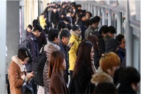 """철도 파업 이틀째…""""대혼란"""" 출근길 아우성"""