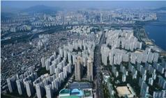 문재인 정부의 사면초가 빠진 부동산 정책